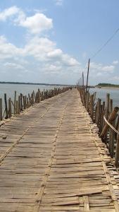 The Bamboo Bridge, Koh Paen, Kambodža