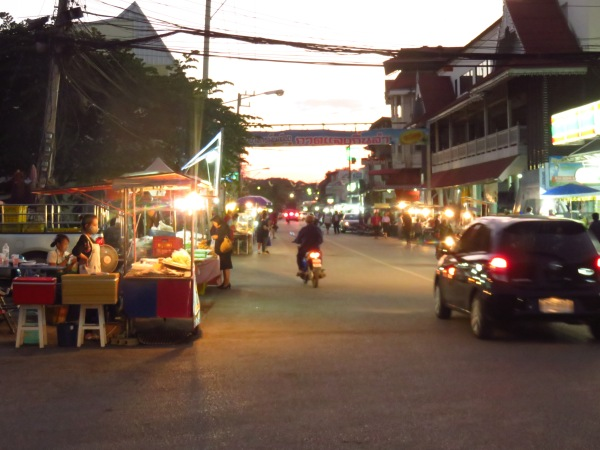Noća tržnica, Phrae, Tajland