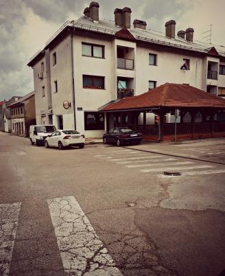 Kafić broj 1_Gracac